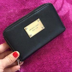Genuine leather Michael Kors wallet